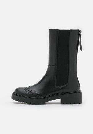 GADA - Vysoká obuv - black