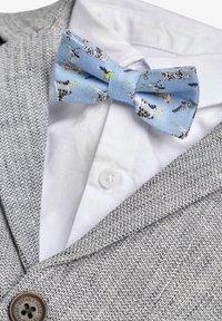 Next - GREY BLAZER, SHIRT & SHORT SET (3MTHS-7YRS) - Blazer jacket - grey - 6