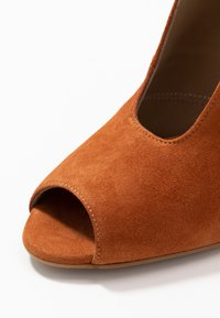 Toral - High heeled ankle boots - cognac - 2