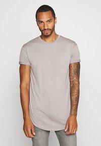 Topman - 2 PACK SCOTTY  - Basic T-shirt - pink/stone - 3
