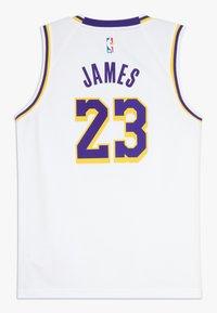 Nike Performance - NBA LA LAKERS LEBON JAMES ICON SWINGMAN - Squadra - white - 1