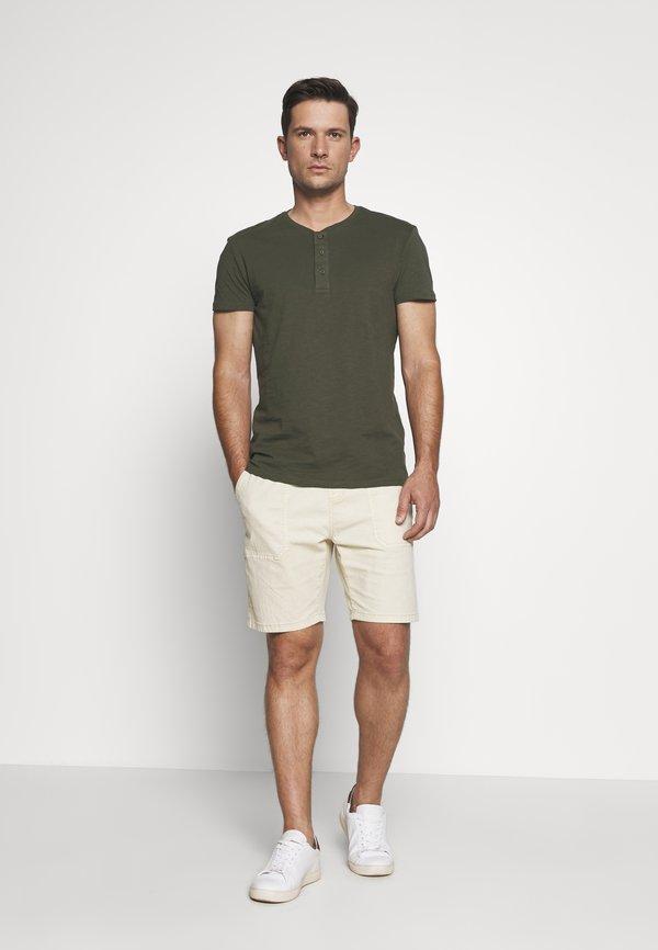 Pier One T-shirt basic - olive/oliwkowy Odzież Męska HPCF