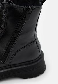 The Kooples - AVEC LOGO AU DOS - Cowboy/biker ankle boot - black - 4