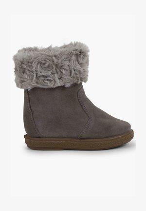 Chaussures premiers pas - gris