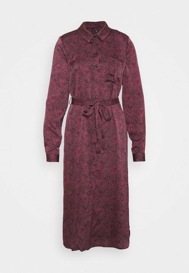 VMBILLI BELT SHIRT DRESS - Shirt dress - burnt russet/billi
