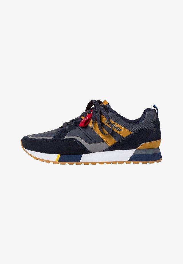 SNEAKER - Sneakersy niskie - navy/mustard