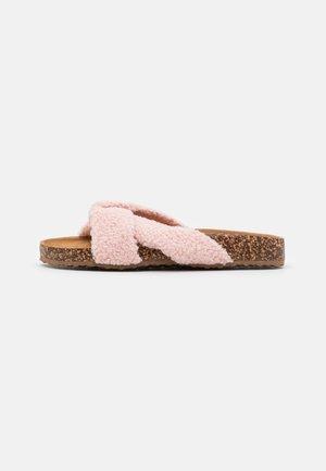 NOA - Mules - pink