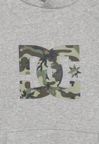 DC Shoes - STAR BOY - Hættetrøjer - grey heather - 4