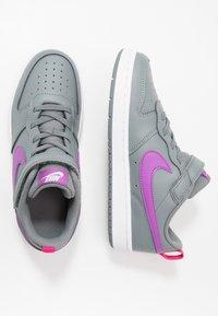 Nike Sportswear - COURT BOROUGH 2 - Sneakers basse - smoke grey/purple/watermelon/white - 0