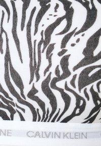 Calvin Klein Underwear - CK ONE UNLINED BRALETTE 2 PACK - Bustino - grey heather/glass tiger print - 7