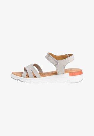 Sandály na platformě - soft grey