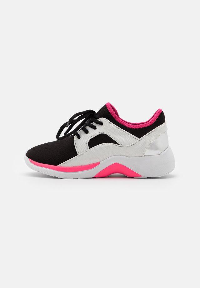 ENZO 2 - Sneakers laag - fuchsia