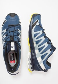 Salomon - XA PRO 3D GTX - Trail running shoes - dark denim/navy blazer/vanilla - 1