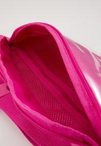 Nike Sportswear - HERITAGE - Bum bag - fire pink/white - 3