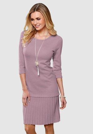 Jumper dress - rosé