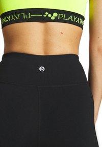 Cotton On Body - ACTIVE CORE CAPRI - 3/4 sportovní kalhoty - black - 4