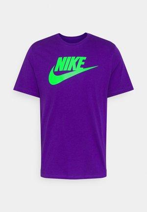 TEE ICON FUTURA - Camiseta estampada - court purple