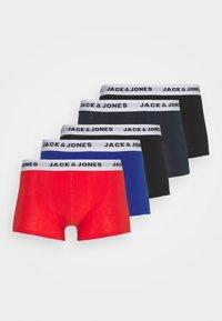 Jack & Jones - JACWHIT TRUNKS 5 PACK - Panty - black/navy blazer/firey red - 4