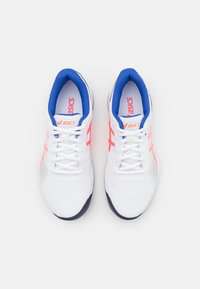 ASICS - GEL-GAME 8 - Multicourt tennis shoes - white/blazing coral - 3