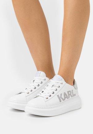 KAPRI PUNKT LOGO  - Sneakersy niskie - white/silver