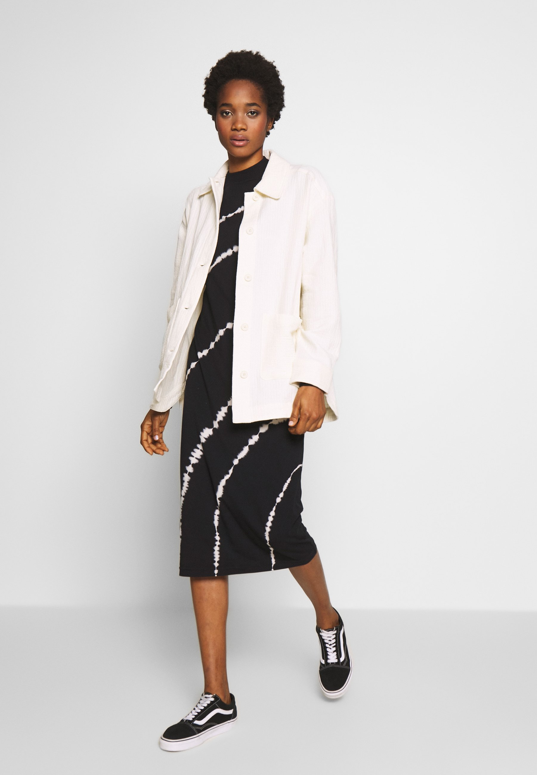 Weekday CRYSTAL INDOOR JACKET Korte jassen off white