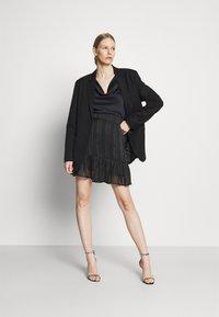 Guess - CHIKA SKIRT - Mini skirt - jet black - 1