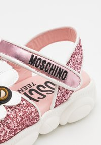MOSCHINO - Sandals - light pink - 5