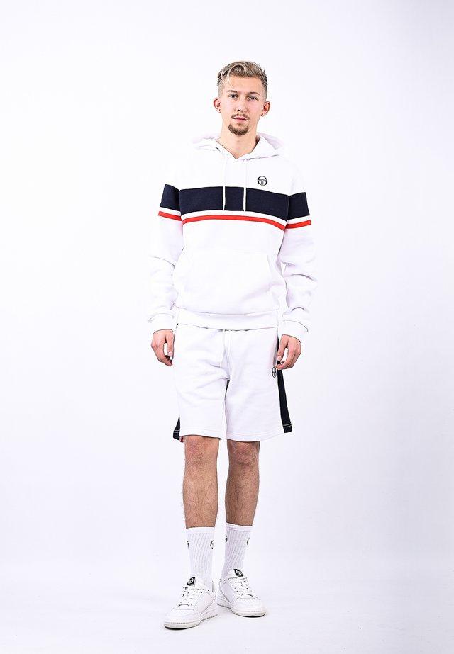 SWEATSHORTS FOUJITA SHORTS - Pantaloni - white/navy