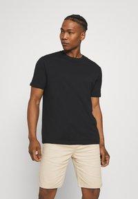 YOURTURN - 2 PACK UNISEX - T-shirt basic - black/green - 1