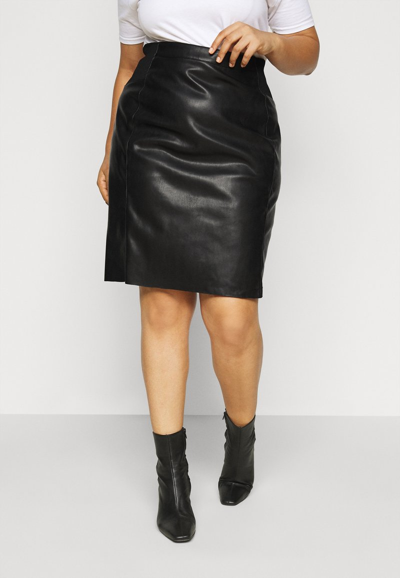 Vero Moda Curve - VMBUTTERSIA  - Pencil skirt - black