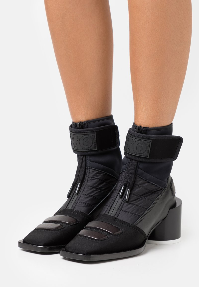 MM6 Maison Margiela - BOOT - Botki - black