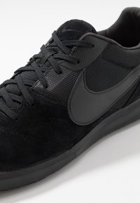 Nike Performance - PREMIER II SALA IC - Indoor football boots - black - 5