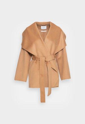 CARRIEANN - Short coat - camel