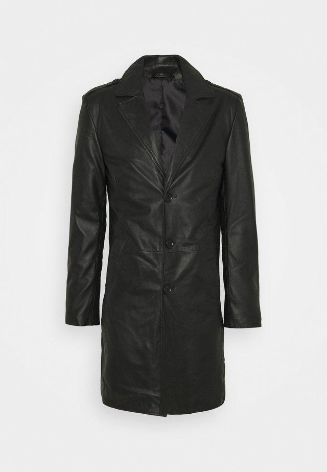 KAI COAT - Cappotto corto - black