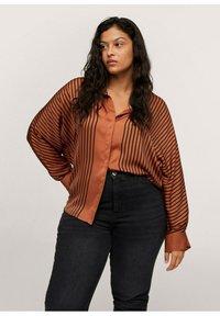 Mango - Button-down blouse - marrón - 0