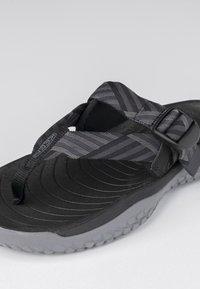 Keen - SOLR POST - Pool slides - black/steel grey - 5