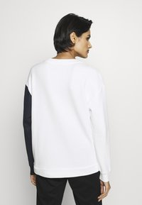 MAX&Co. - DANA - Sweatshirt - white - 2