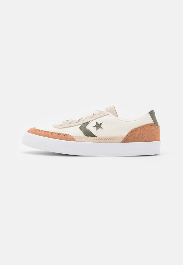 NET STAR CLASSIC UNISEX - Zapatillas - egret/rose taupe/field surplus