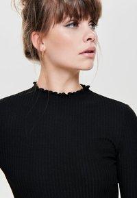 ONLY - ONLEMMA HIGH NECK - Long sleeved top - black - 3