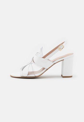 PORTU - Sandals - white