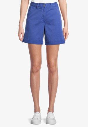 MIT EINGRIFFTASCHEN - Shorts - deep ultramarine