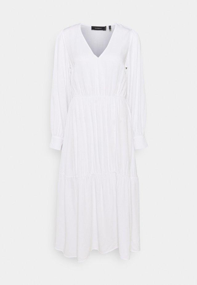 V NECK FLOWY MIDI DRESS - Korte jurk - white