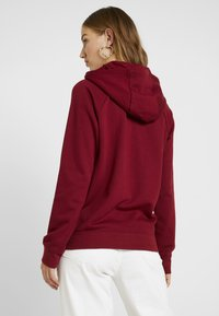 Nike Sportswear - HOODIE - Sweat à capuche - team red/white - 2