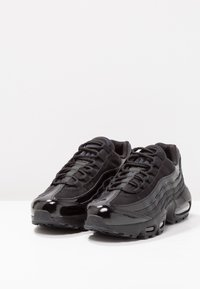 Nike Sportswear - AIR MAX - Sneakersy niskie - black - 3