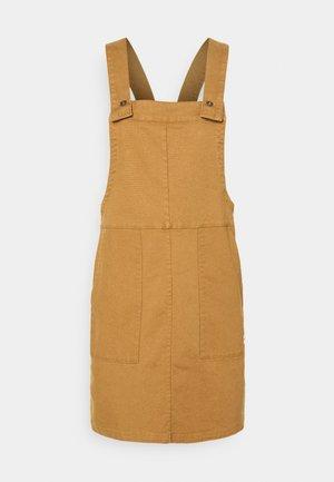 KILAGA DRESS - Denní šaty - utility brown