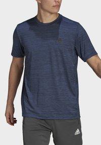 adidas Performance - M HT EL TEE - T-shirts basic - blue - 3