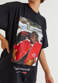PULL&BEAR - THE NOTORIOUS BIG  - T-shirt con stampa - black - 3