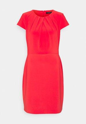 BRENDA SHORT SLEEVE DAY DRESS - Tubino - bright hibiscus
