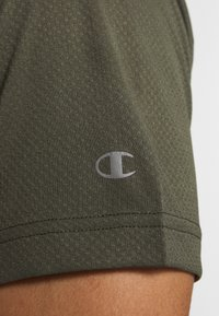 Champion - LEGACY TRAINING CREWNECK - T-shirt print - khaki - 5