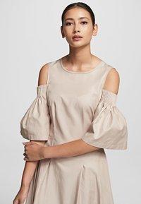 KARL LAGERFELD - Maxi dress - sandstone - 3